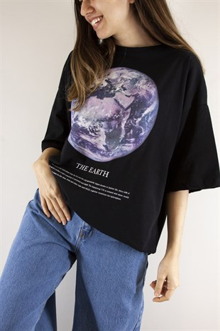 The Earth Baskılı Tshirt